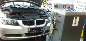 dokter-mobil-bengkel-service-ac-engine-tune-up-irit-bbm