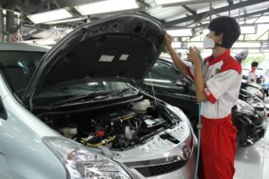 service-bengkel-tune-up-mobil