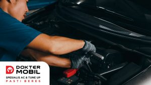 Cara Mengatasi Masalah Kompresor AC Mobil Kurang Oli